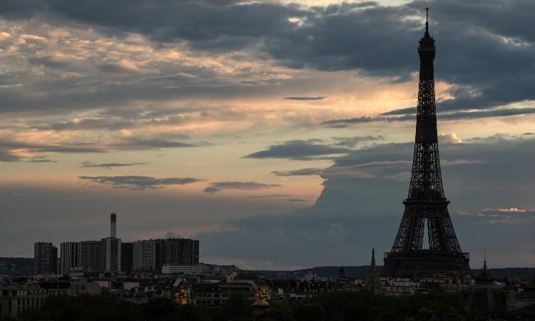 Francia Toque De Queda