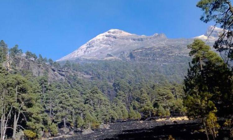 Sofocan en su totalidad incendio en Iztaccíhuatl