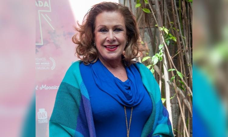 Laura Zapata Abuelita