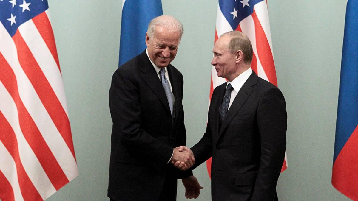 Joe Biden y Vladimir Putin sostienen su primera conversación telefónica -  Uno TV