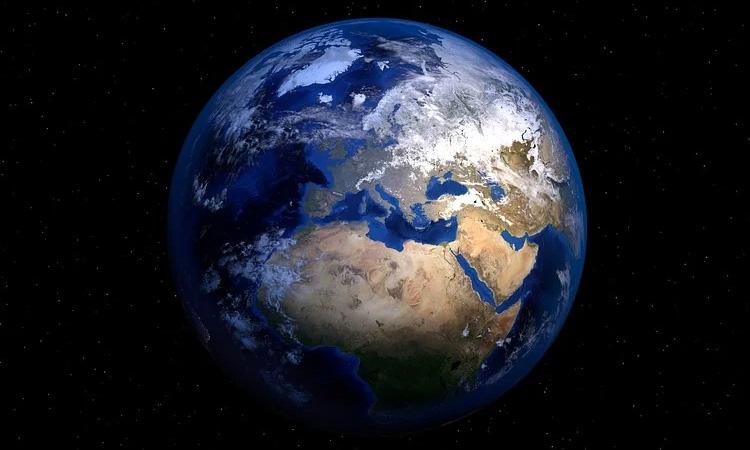 Tierra no gira más rápido