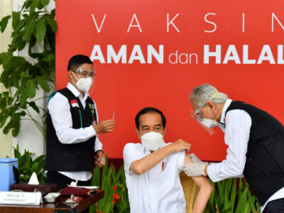 ¿Por qué Indonesia no está vacunando contra el COVID-19 a sus adultos mayores?