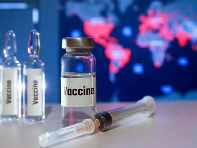 Por vacuna COVID-19 aumentan estafas: se ofertan en 150 dólares