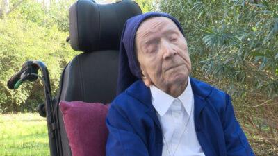Monja de 116 años logra vencer al COVID-19