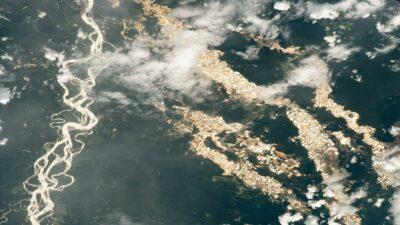 """NASA publica imagen de los """"ríos de oro"""" en el Amazonas"""