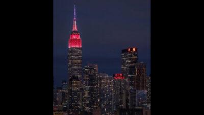 Empire State se ilumina de rojo por próxima llegada a Marte