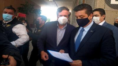 Gobernador de Tamaulipas, Cabeza de Vaca, llega a San Lázaro