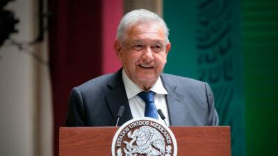 AMLO y gobernadores firman el Acuerdo Nacional por la Democracia