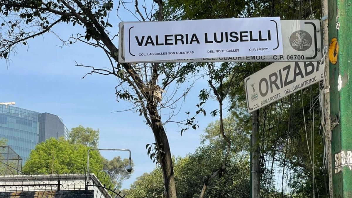 Día de la Mujer: En CDMX, feministas cambian nombres de La Roma