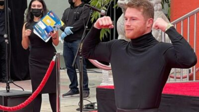Canelo Álvarez en el Paseod e la Fama de Hollywood