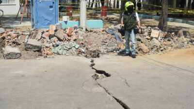 CDMX: se abre enorme grieta en la GAM; hay varias casas dañadas