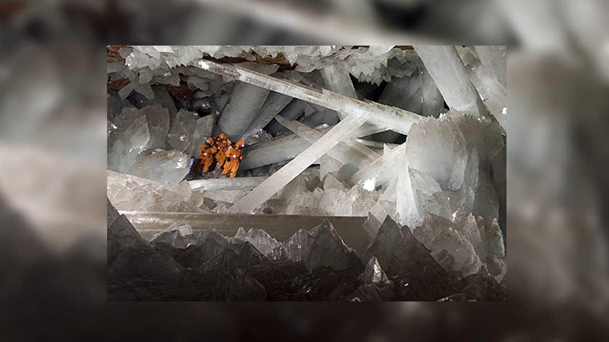 En Chihuahua está la cueva de cristales o mina de Naica