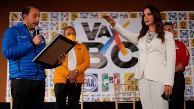 Lupita Jones rinde protesta como precandidata a la gubernatura de Baja California