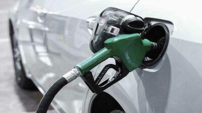 AMLO hace llamado a distribuidores para que no aumenten precio de gasolina de manera injustificada