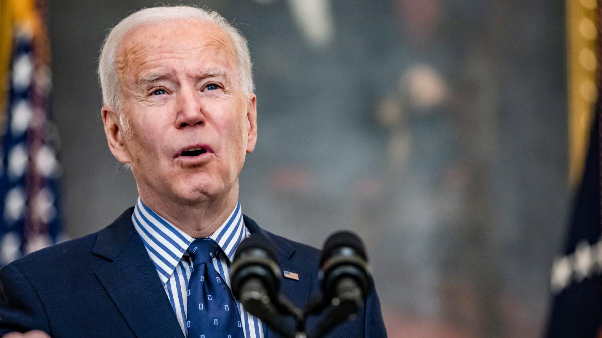 Biden celebra aprobación de plan de estímulo económico por 1.9 billones de dólares