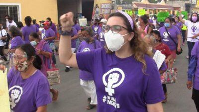 Marcha mujeres en Kanasín