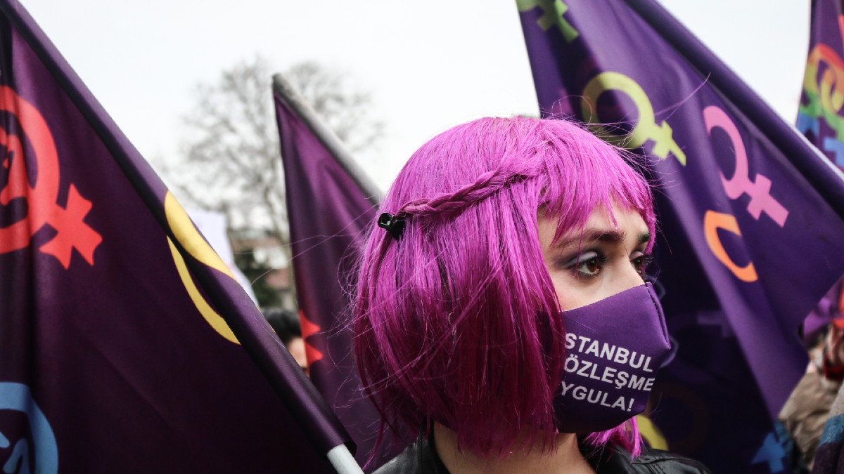 Día de la Mujer 2021: ¿por qué el morado representa la lucha feminista?