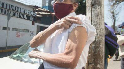 Vacunación contra COVID en Morelos inicia en 8 municipios
