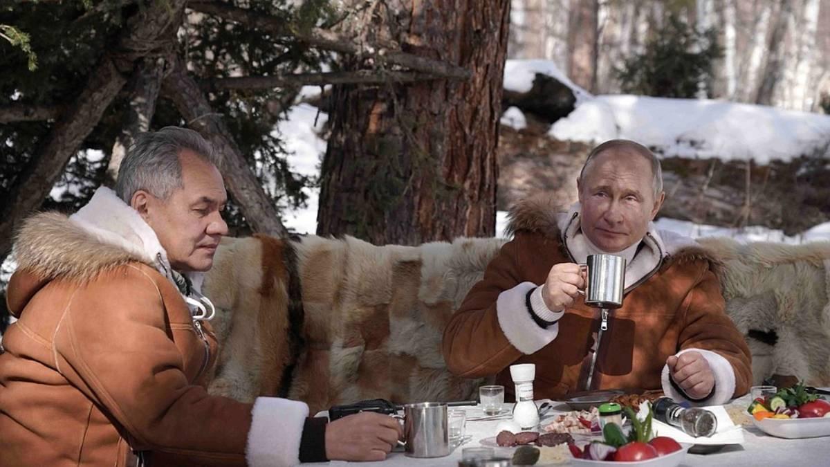 Vladimir Putin picnic Siberia