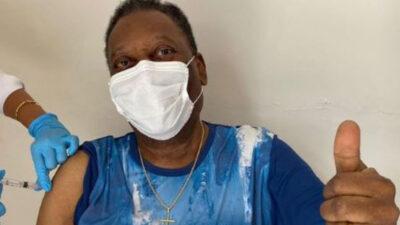 Pelé se vacunó contra el COVID-19