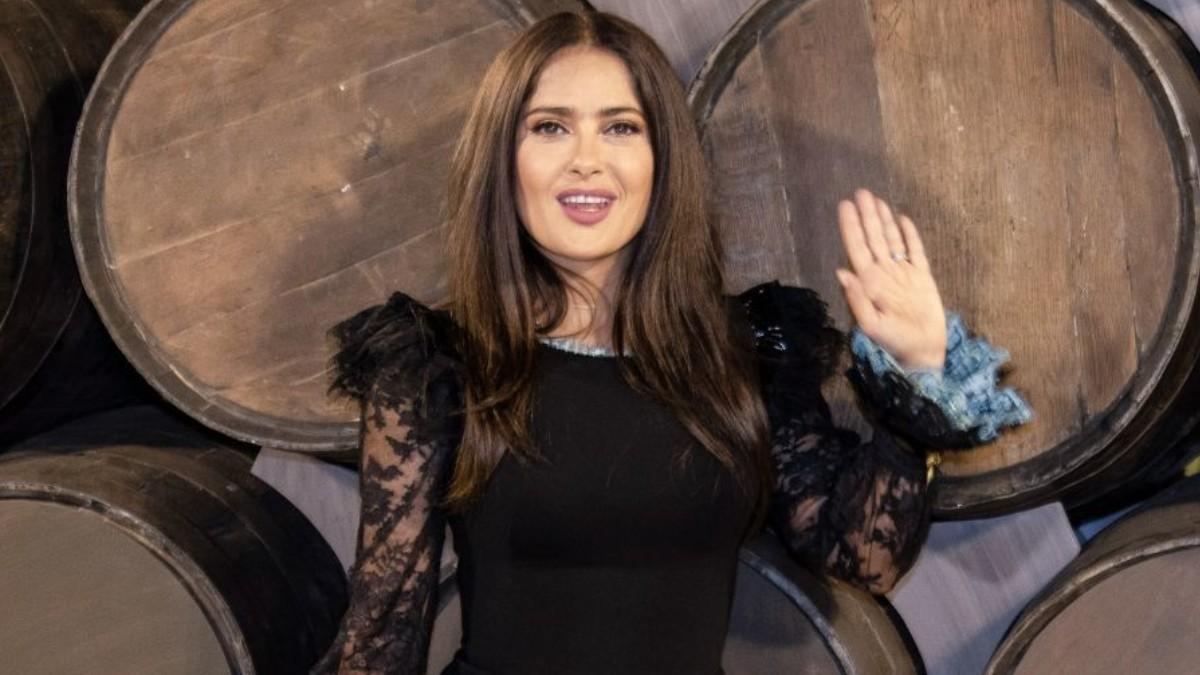 Salma Hayek Eiza Gonzalez