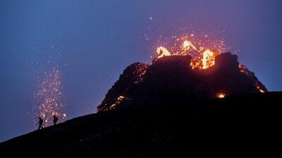 Drones muestran nuevas imágenes de la erupción del volcán en Islandia