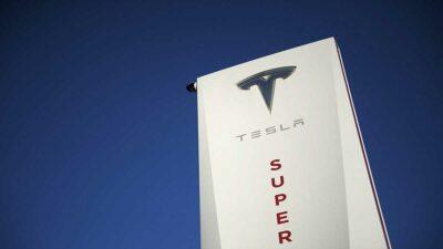"""Tesla, de Elon Musk, presenta nuevo título oficial llamado """"Technoking of Tesla"""" sin revelar detalles"""