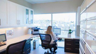 Canadá ofrece programas para quienes quieran obtener la residencia permanente