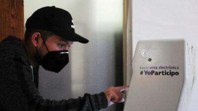 Falso que urna electrónica pueda propiciar fraude en las próximas elecciones