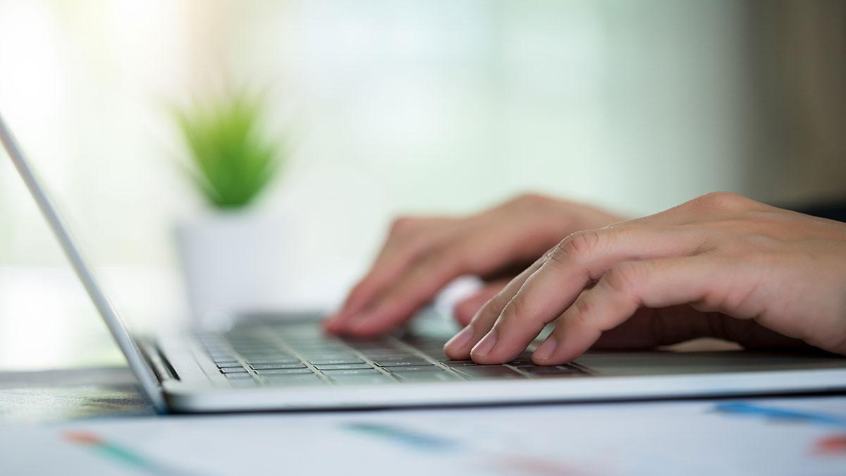 Portal del Empleo ofrece vacante como desarrollador de aplicaciones para ganar 17 mil pesos al mes