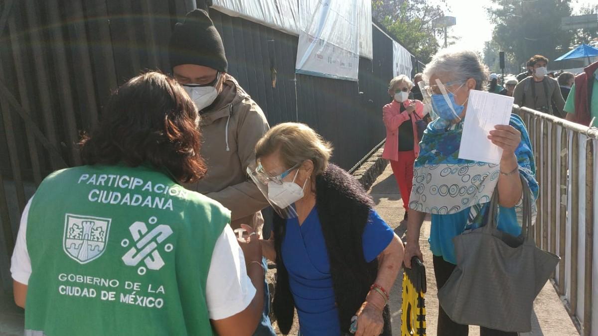 Vacunación COVID inicia en Álvaro Obregón, Benito Juárez y Cuauhtémoc