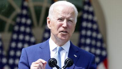 """Joe Biden califica como """"epidemia"""" violencia con armas de fuego en EU"""