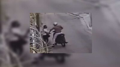 Campeche: Ladrón arrastra a mujer varios metros para robarle su bolsa