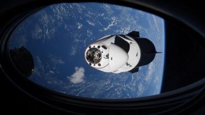 La NASA revela que un ovni casi choca con el Crew Dragon