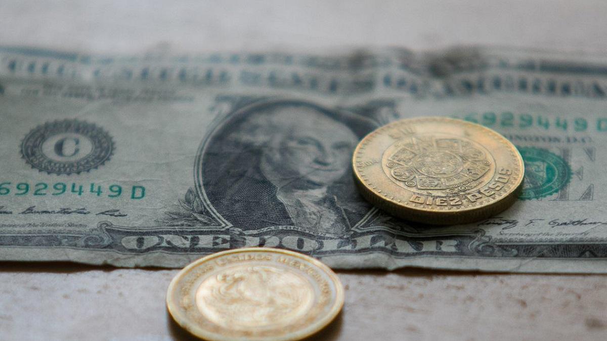 El precio del dólar hoy 30 de abril de 2021; se cotiza en 20.02