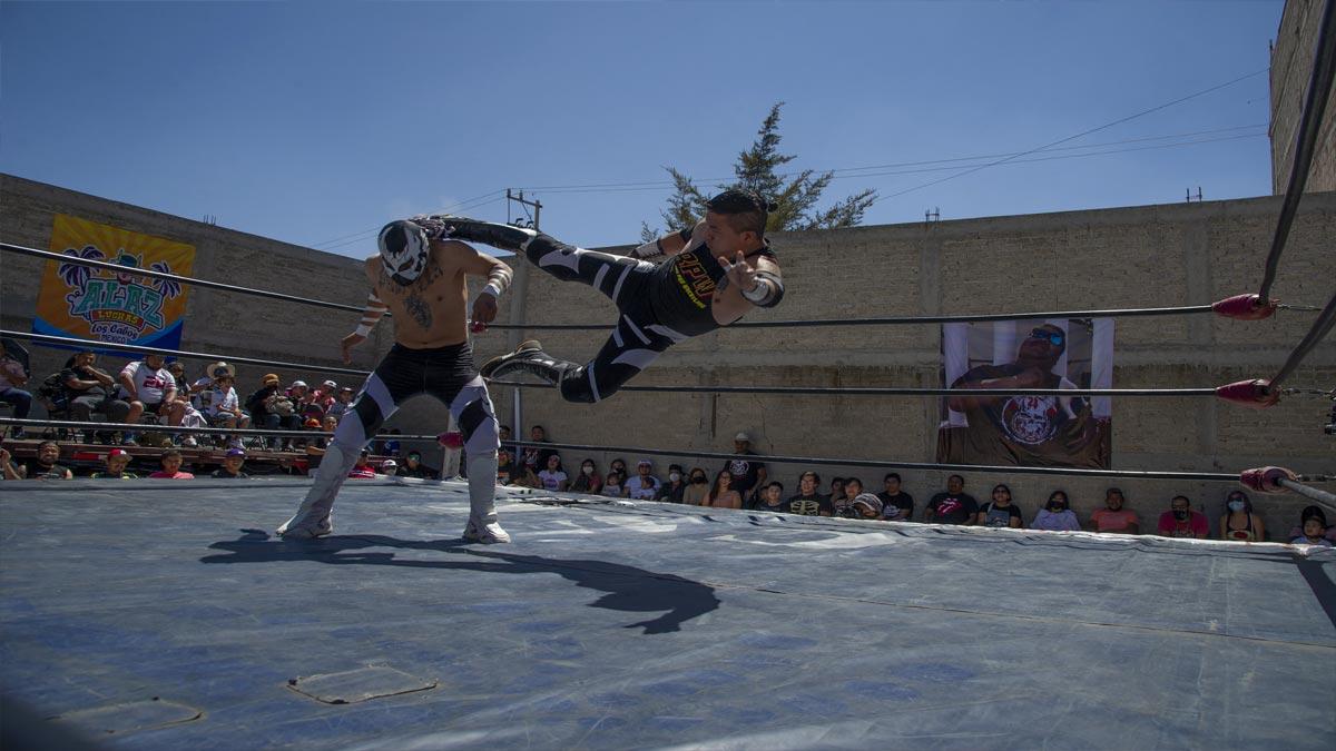 Historia de luchadores mexicanos muertos por COVID-19