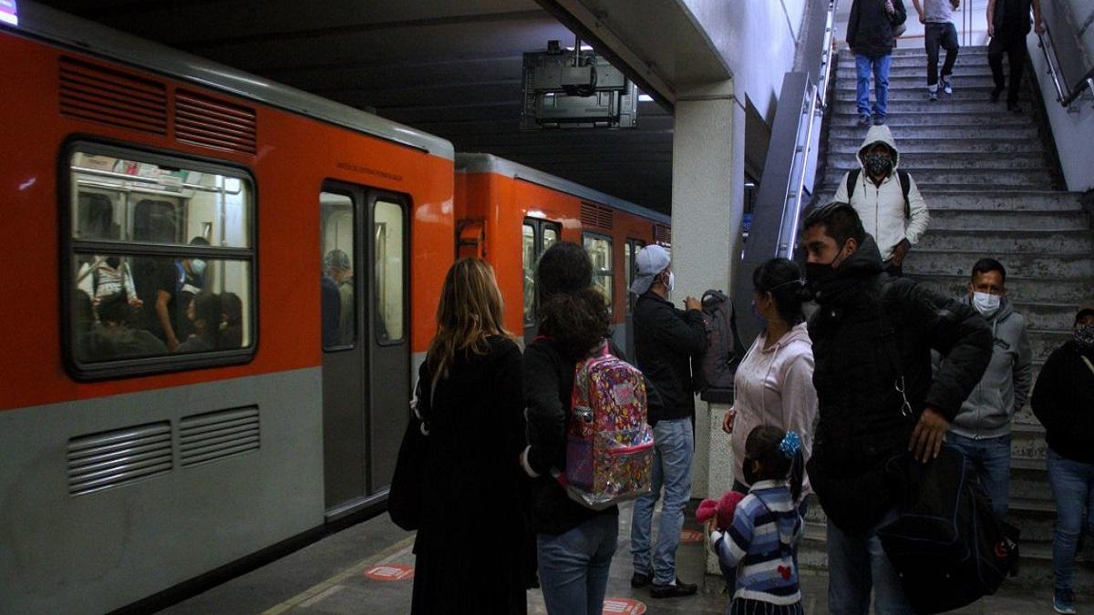 CDMX: suspende Metro servicio en un tramo de Línea 4