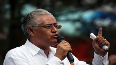 Morelos: ofrecen recompensa por Alejandro Vera, exrector de la UAEM