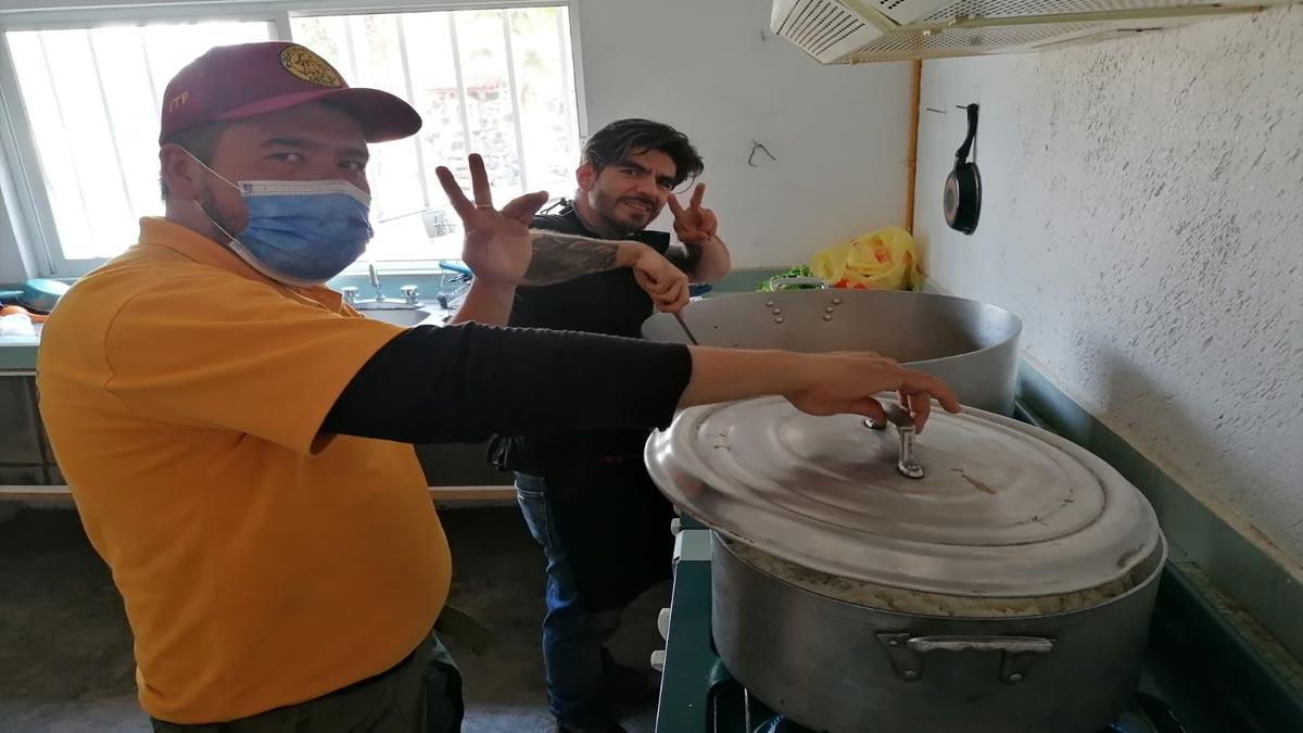 Máster Chef: participante cocina para brigadistas en Morelos