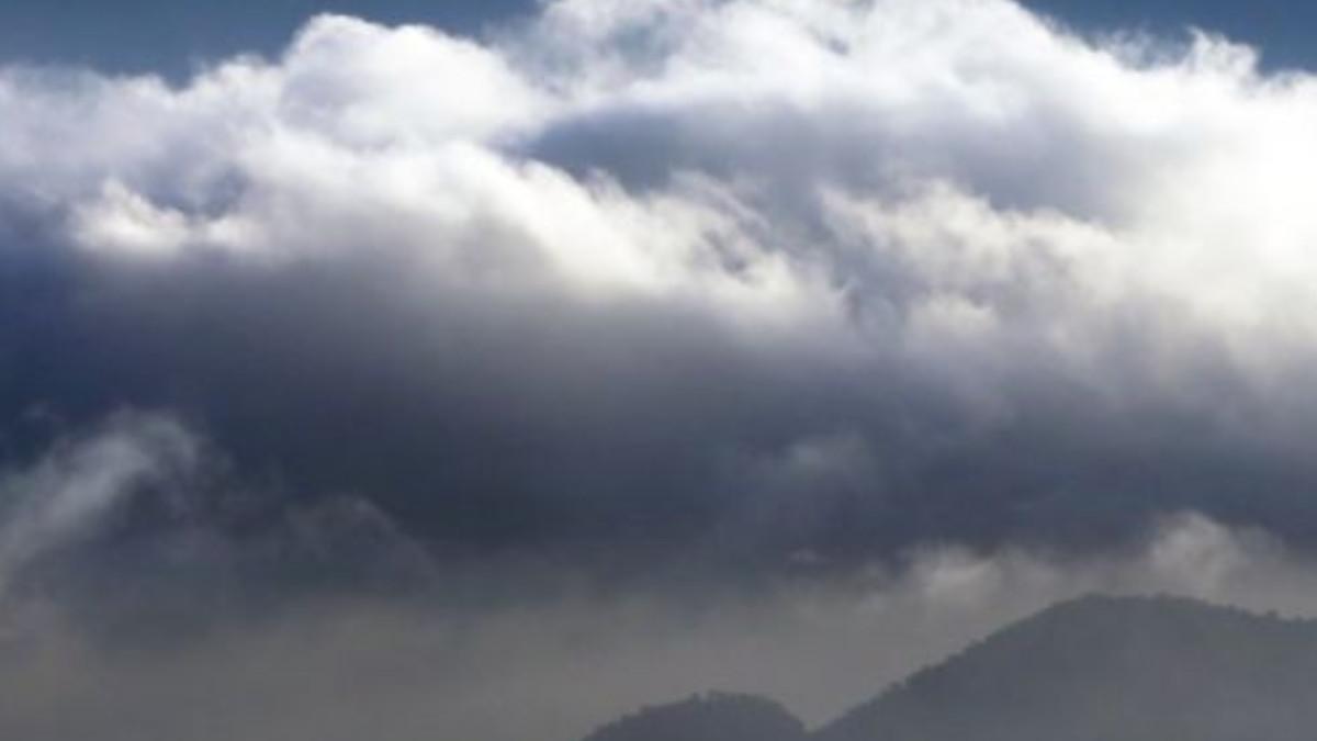 Video: sorprende tromba de agua formada en un lago de Ruanda