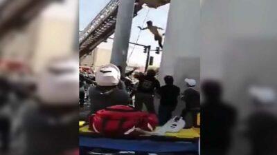 Nuevo León: intenta suicidarse de puente, se arrepiente y luego cae