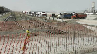 Xaltocan: Pobladores inconformes bloquean obras de nuevo aeropuerto