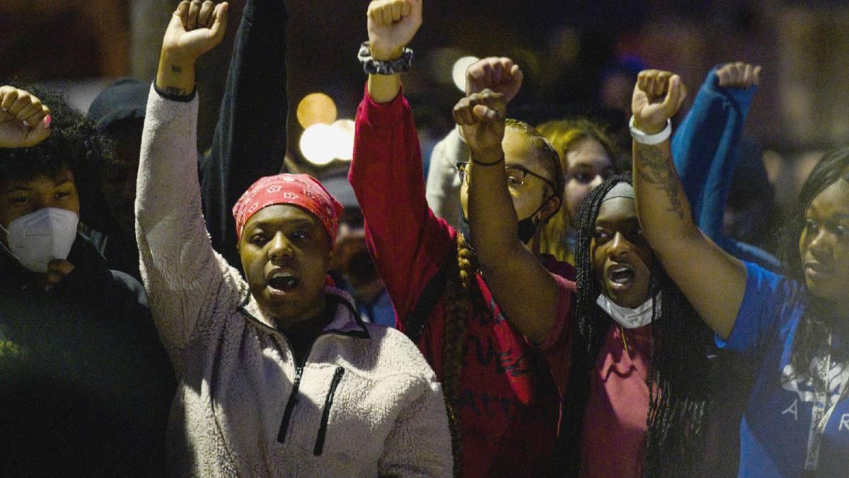 Protestas en Minneapolis por la muerte de afrodescendiente a manos de la policía