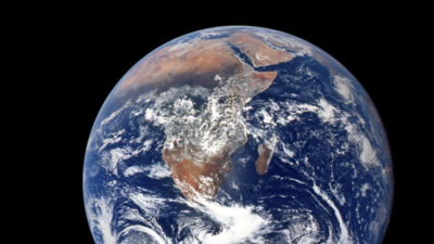 eje de la Tierra