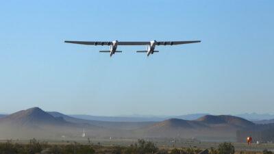 El avión más grande del mundo realiza su segundo vuelo de prueba