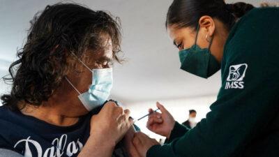 Gobierno anuncia inicio de vacunación contra COVID para personas de 50 a 59 años