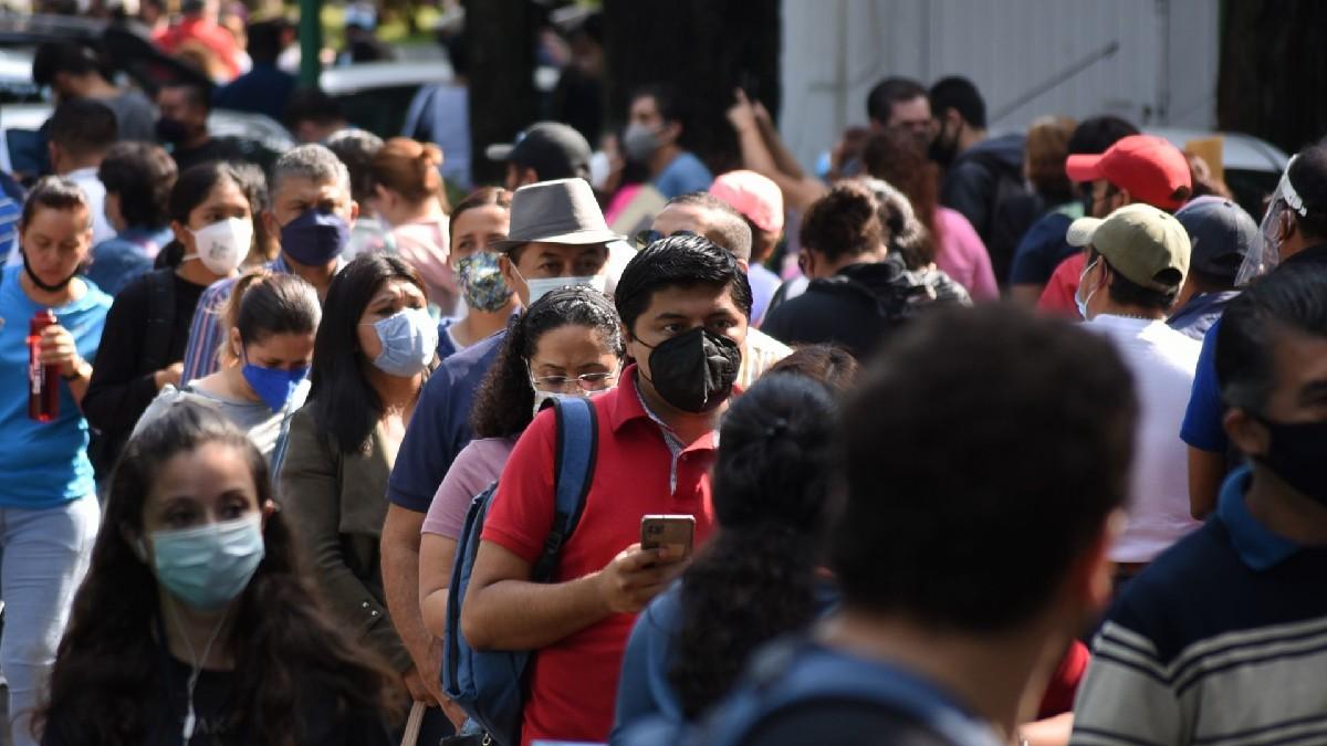Vacunación de maestros en Veracruz: los captan esperando en carretera