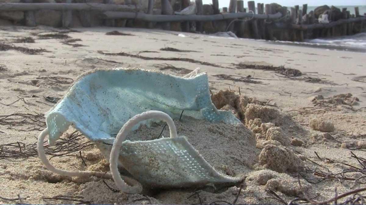 Yucatán: En playas detectan cubrebocas tirados