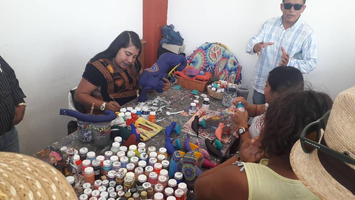 elaboración de alebrijes en Oaxaca