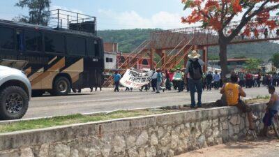 Normalistas de Mactumactzá en prisión; marchan para pedir su liberación